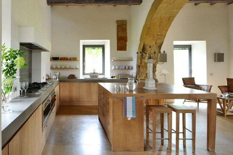 Villa arrighi a luxury converted farmhouse in umbria italy homedsgn - Interior design perugia ...