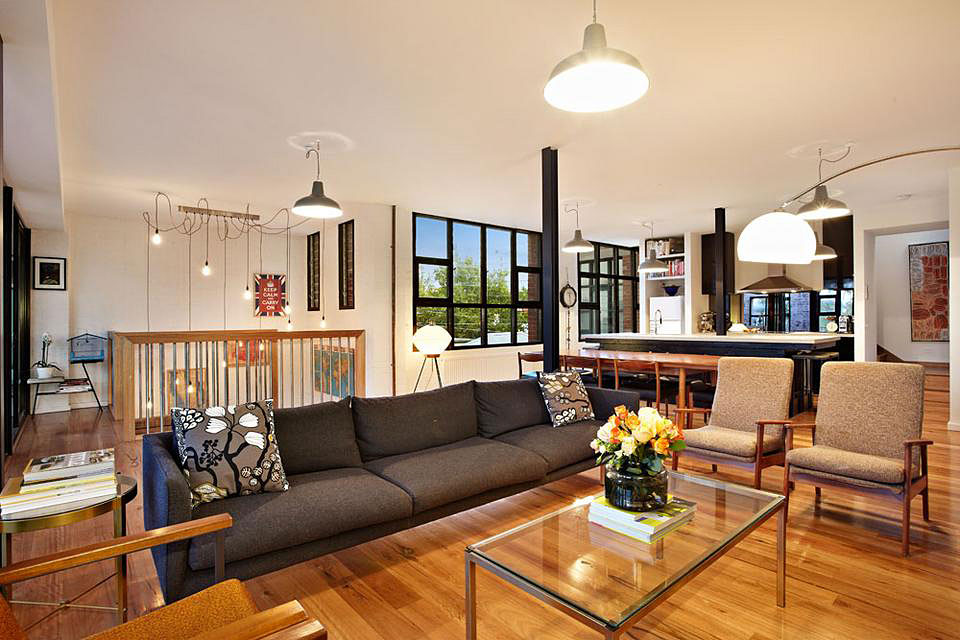 ideas for converting garage into bedroom - New York Style Warehouse Conversion in Melbourne 4