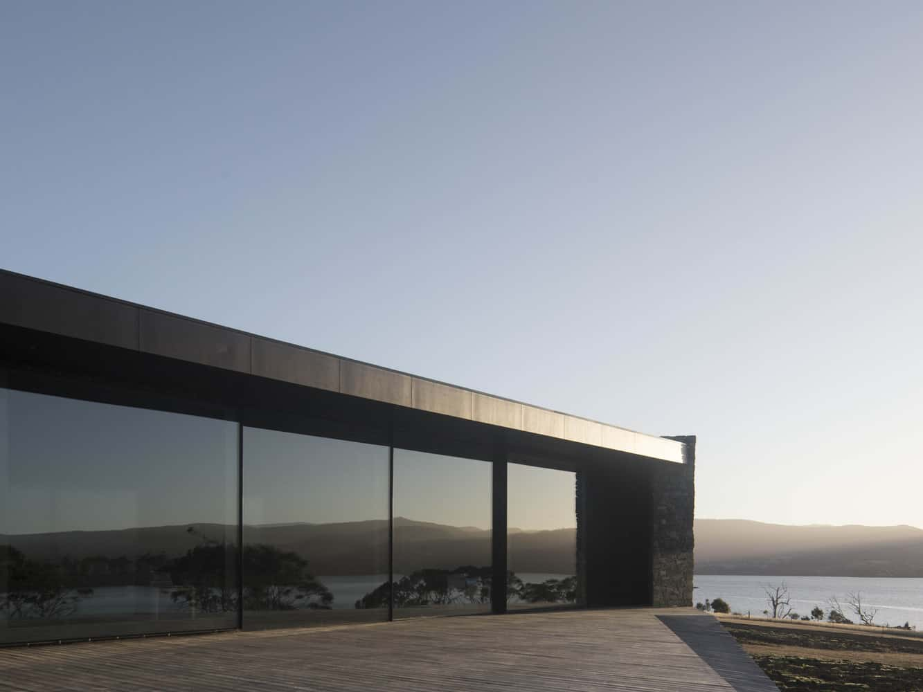 Private Residence Surrounded by a Vast and Beautiful Landscape